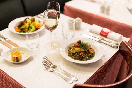 restaurant-pascaline-bistrot-comptoir-buffet-volonte-fait-maison-gueret-1880-rouen-19-poisson-lentille-450x300
