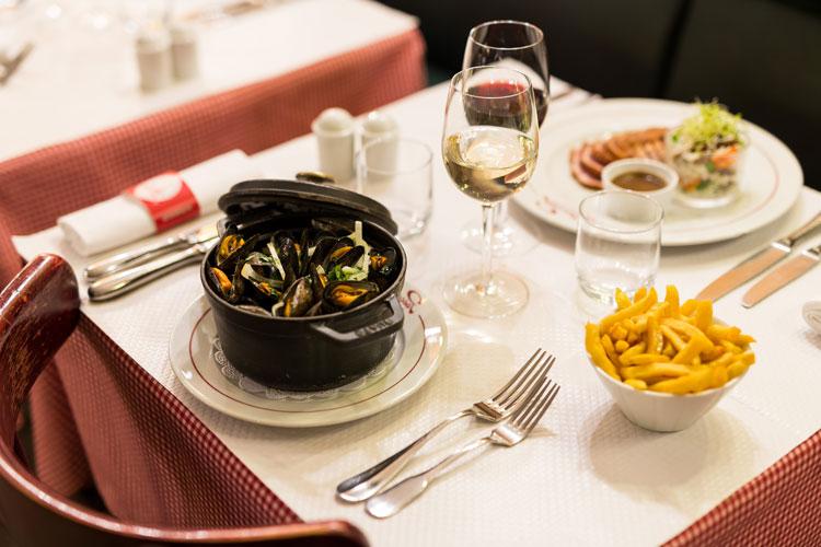 restaurant-pascaline-bistrot-comptoir-buffet-volonte-fait-maison-gueret-1880-rouen-33-moule-frite-750×500
